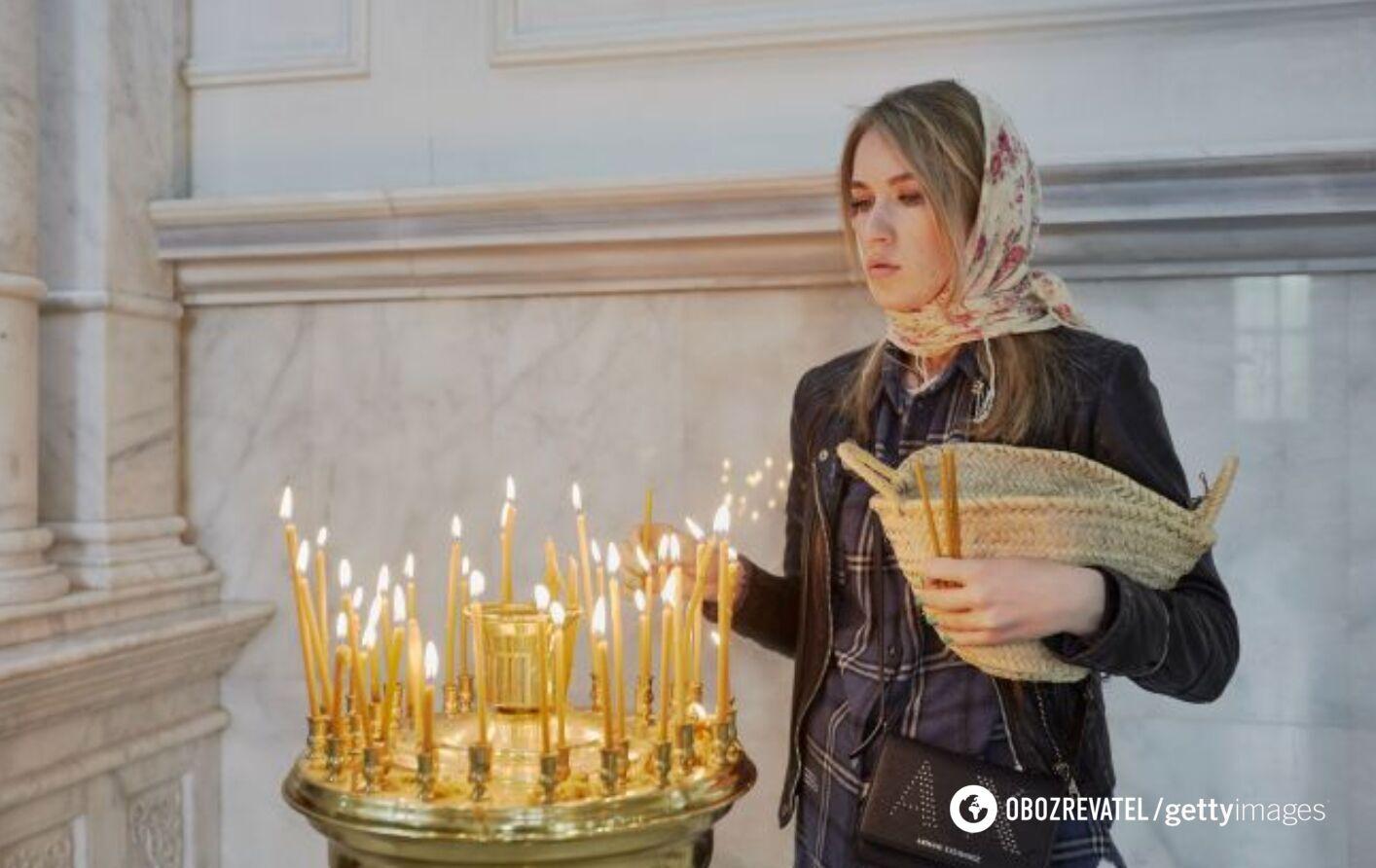 Троицкая родительская суббота отмечается в 2021 году 19 июня.