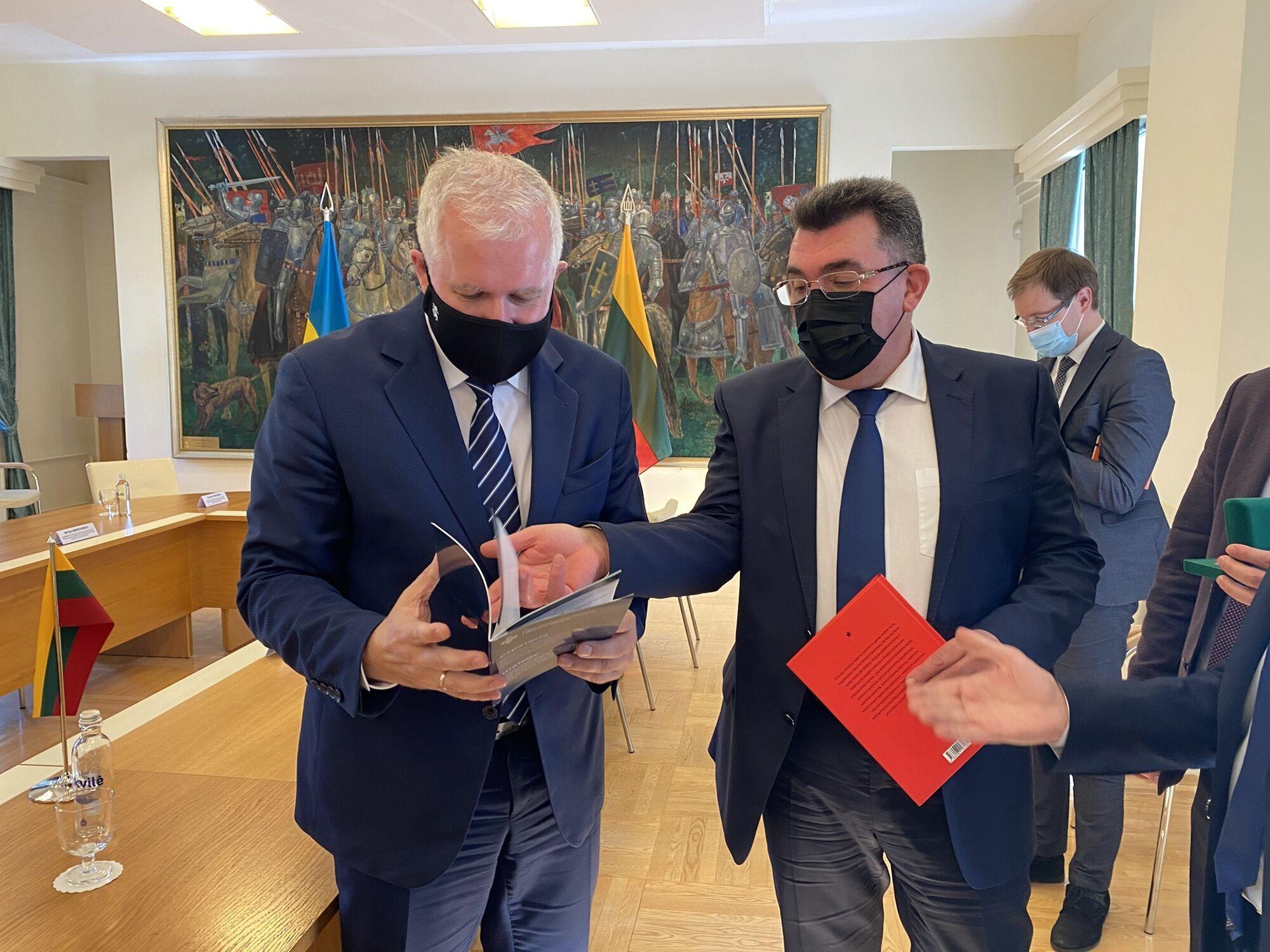Данилов на встрече в Литве.