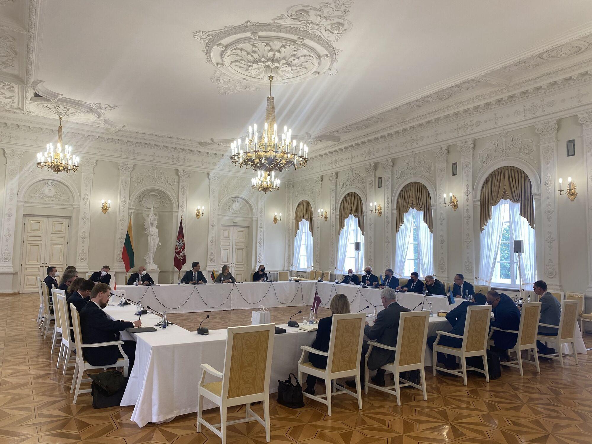 Переговоры в Литве