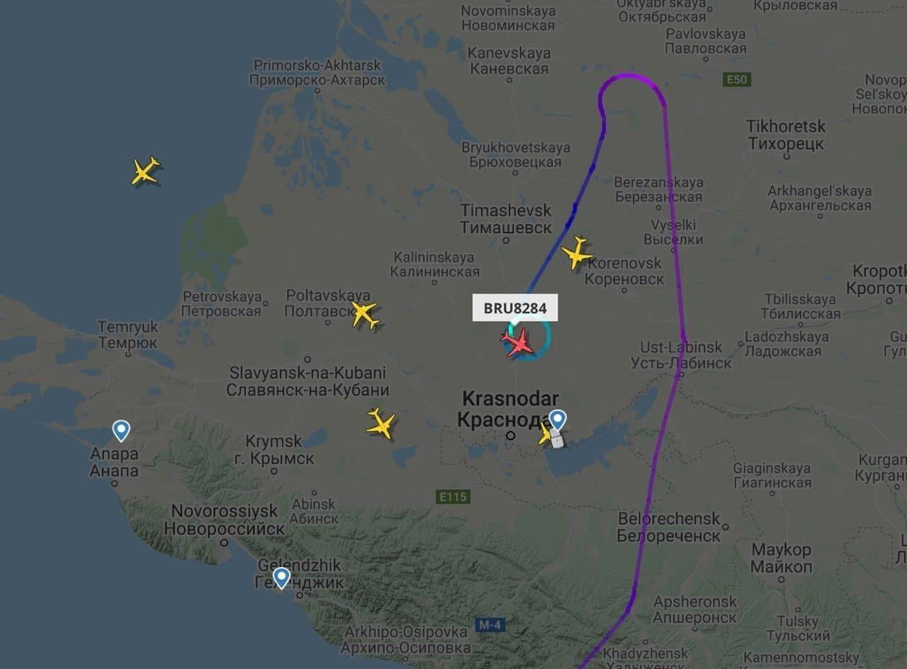 Білоруський літак, що летів з Єгипту, екстрено посадили в Росії