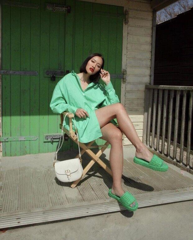 Яркие неоновые длинные рубашки – тренд, который может добавить красок в любой образ