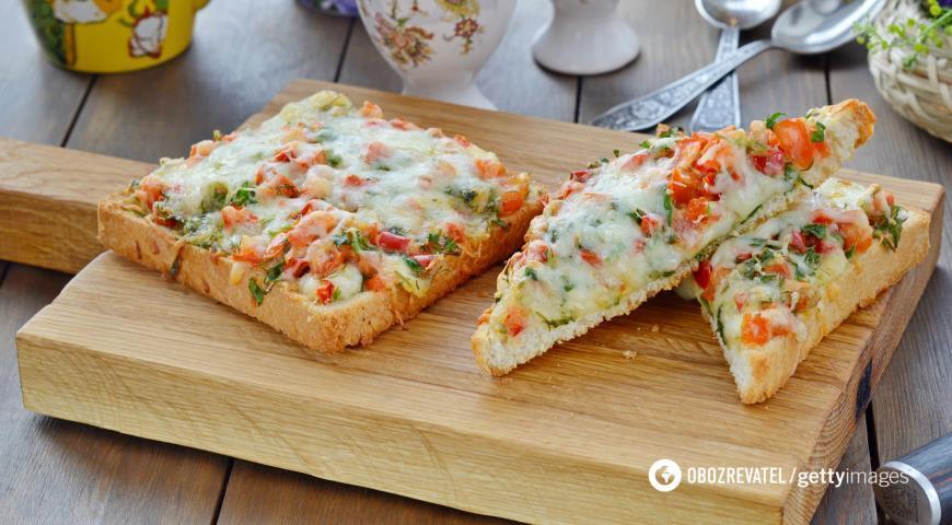 Бутерброди з часником і ковбасою