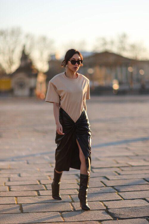 Юбка с драпировкой в моде.