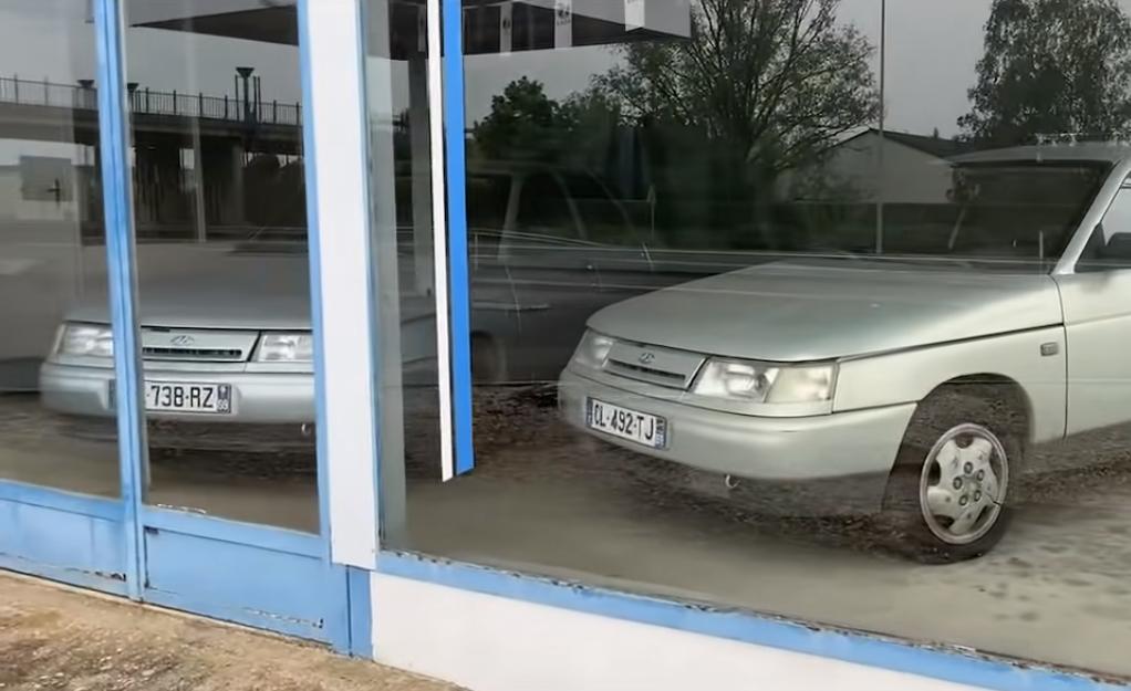 Внутри центра автомобили в лучшем состоянии