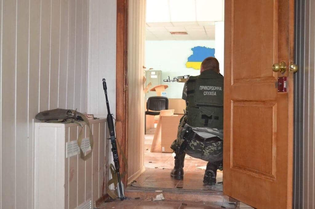 Украинские пограничники могли дать ответ врагу только из стрелкового оружия