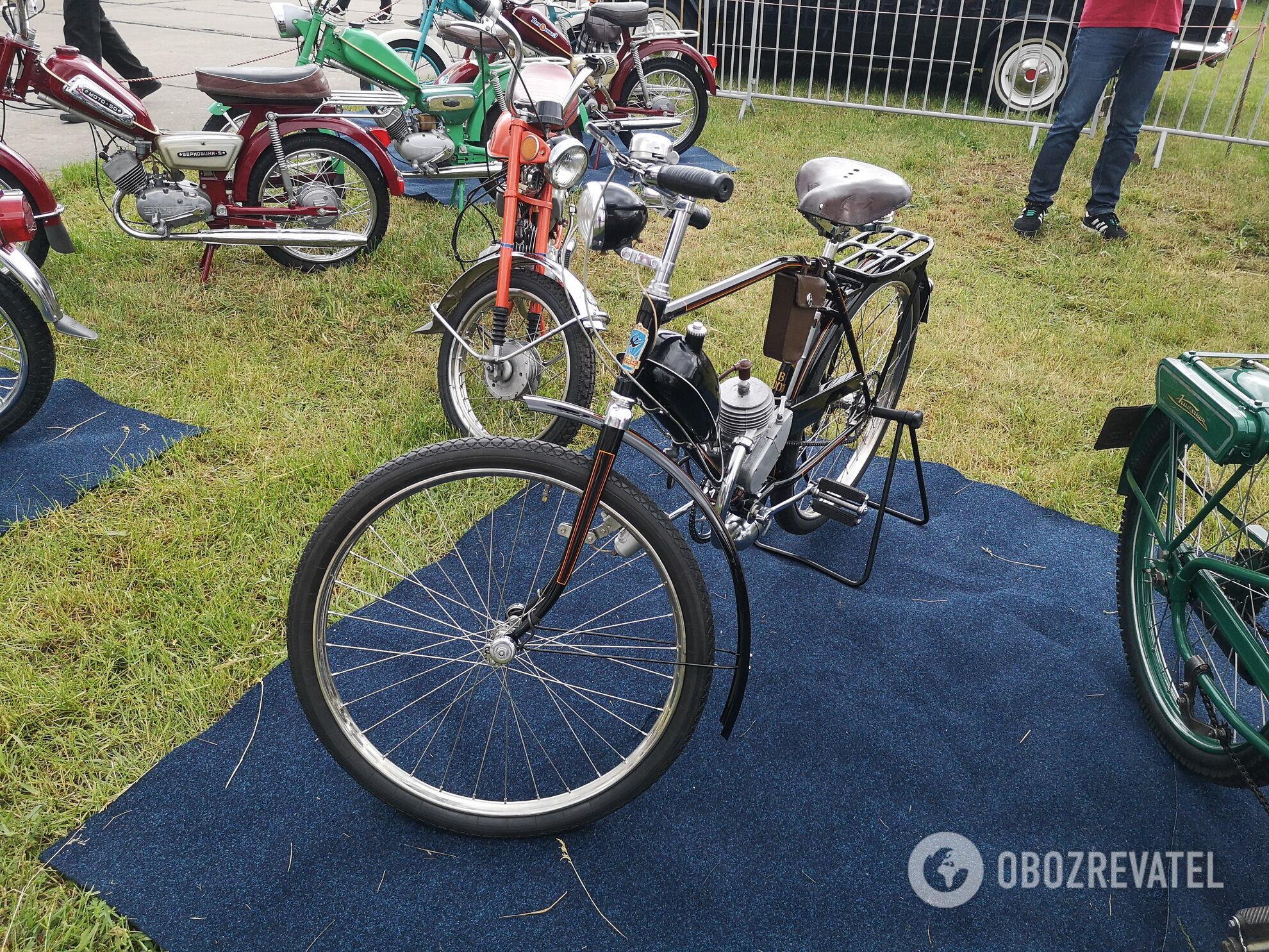 ХВЗ В-901 – самый первый мотовелосипед в СССР