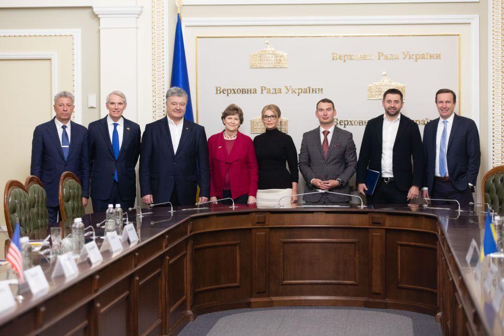 В Україну прибула делегація сенаторів зі США