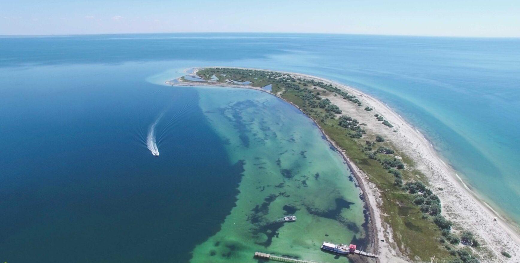 Українські Мальдіви славляться білосніжними піщаними пляжами