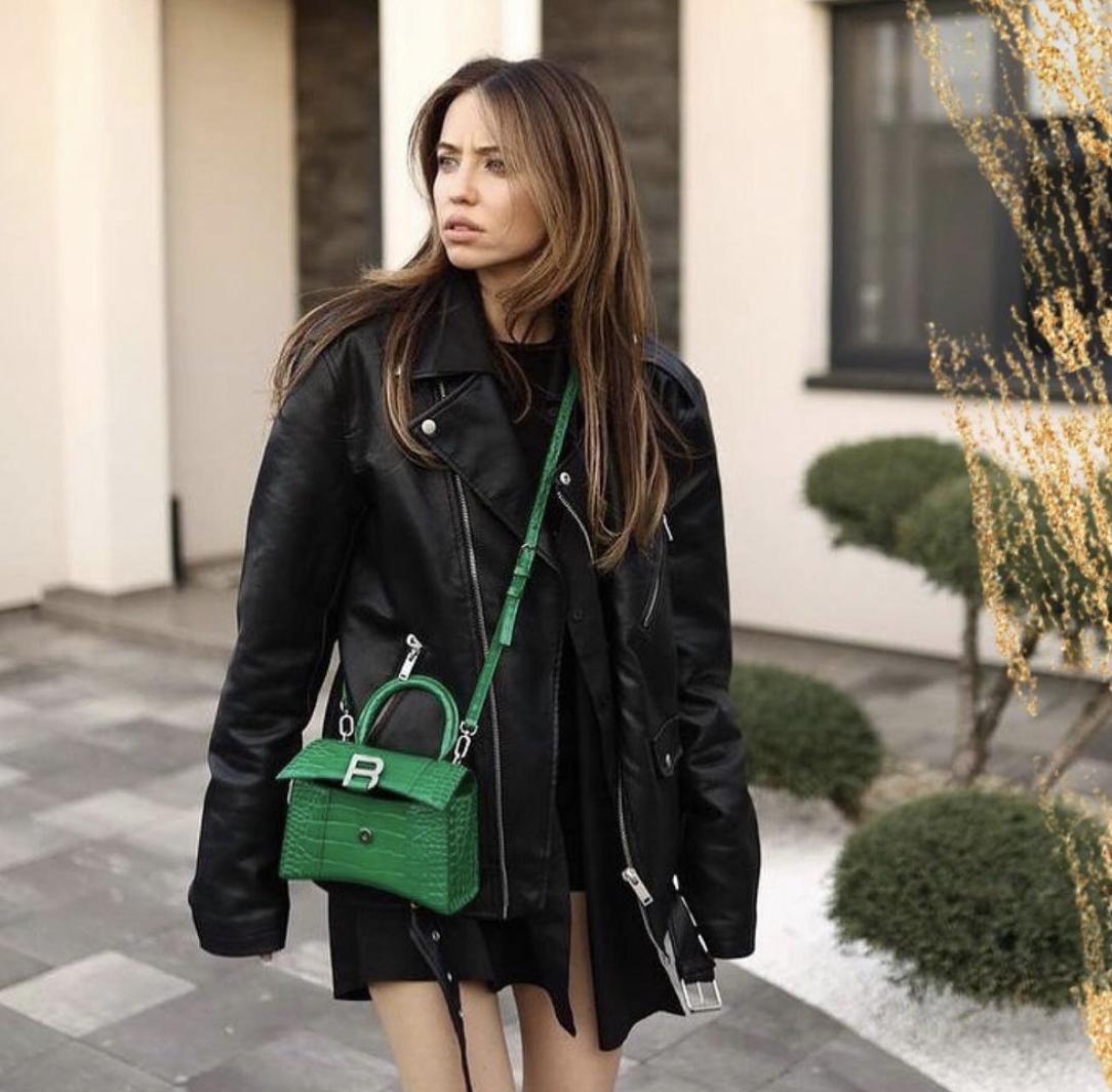 Надя Дорофеєва демонструє трендовий образ