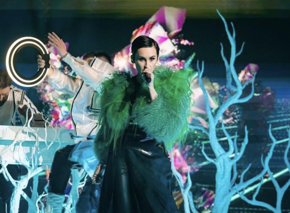 Катерина Павленко у зеленій еко-шубі
