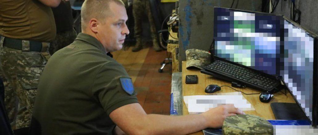Порошенко про допомогу ЗСУ: ми оснастили системою відеоспостереження 42 кілометри фронту