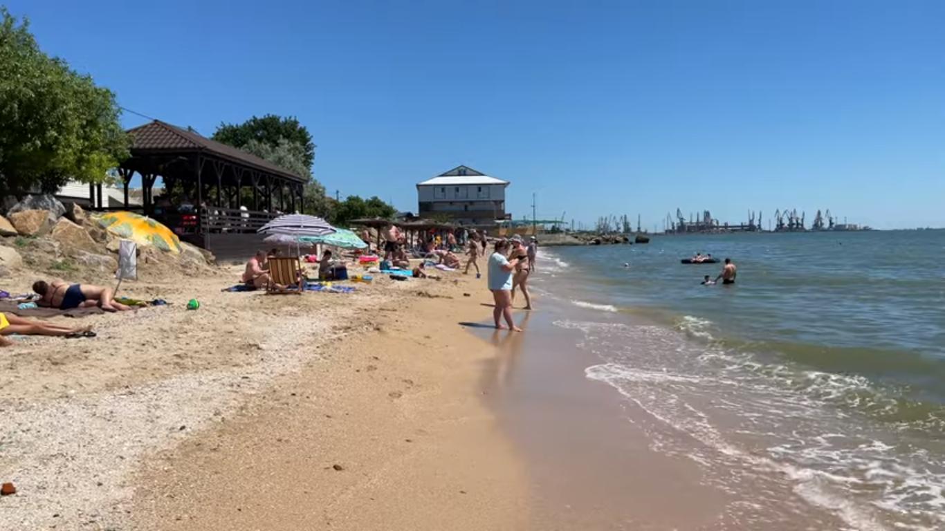 Один з пляжів міста