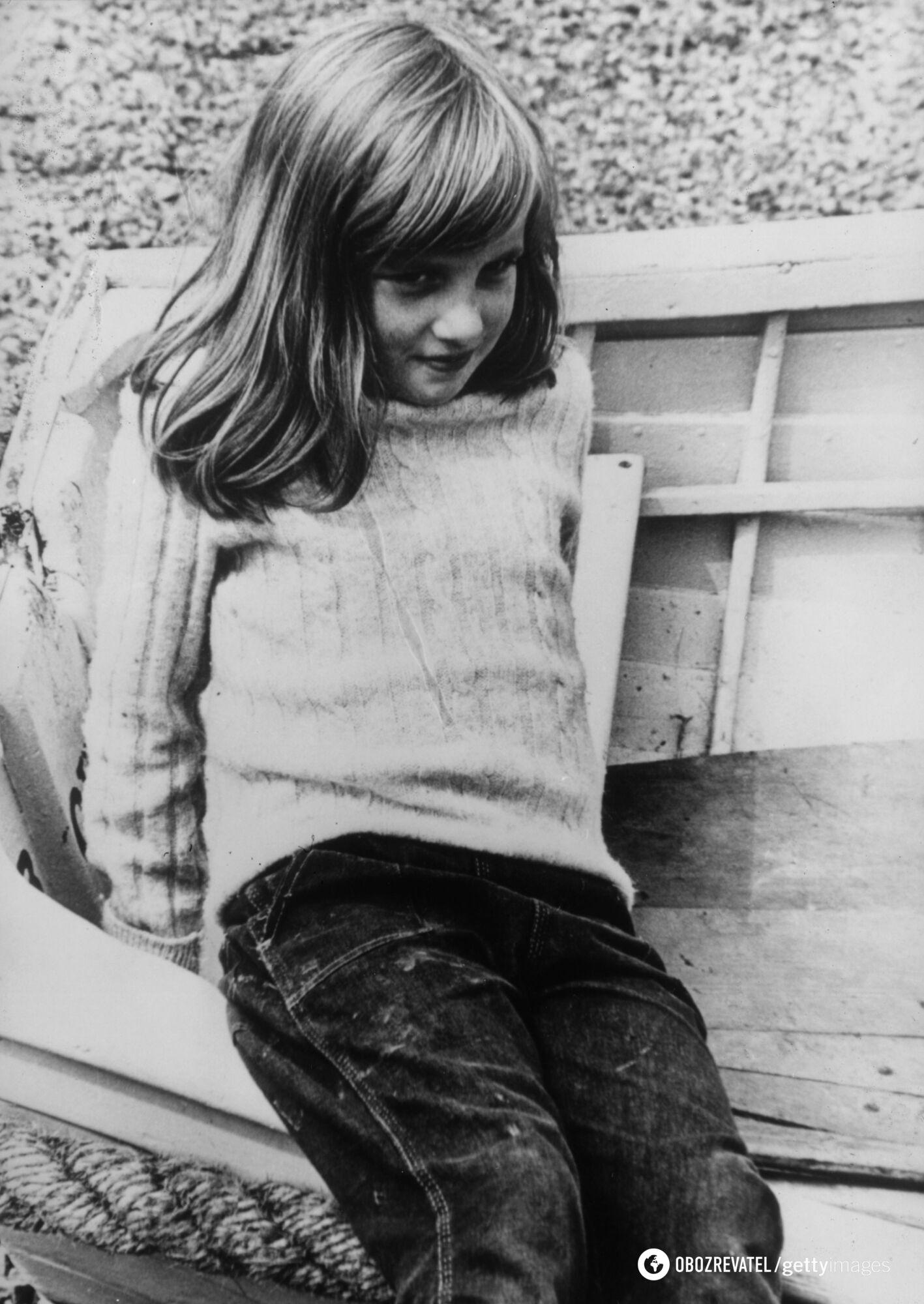 Как принцесса Диана выглядела в детстве