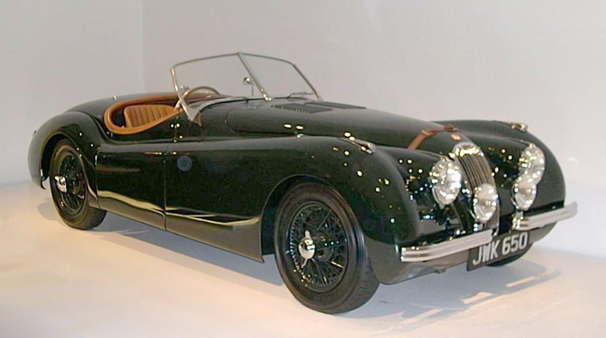 Jaguar XK 120 однажды достиг 212 км/ч
