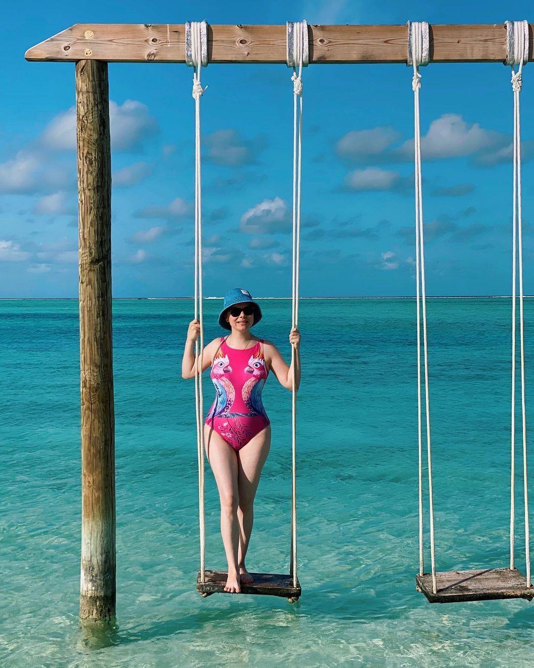 Татьяна Брухунова позирует в купальнике на Мальдивах