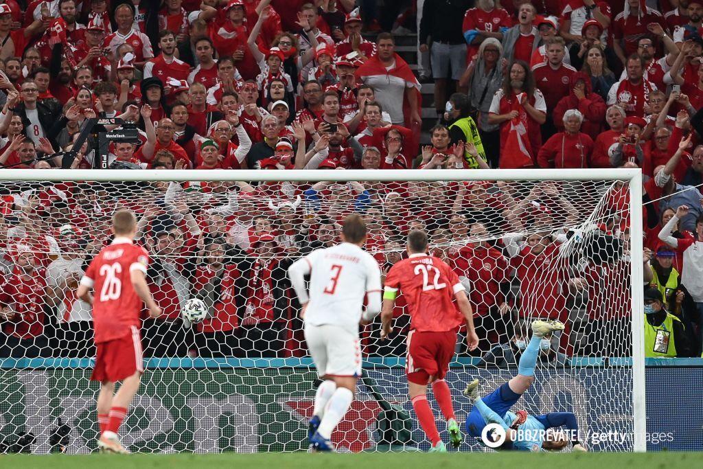 Дания забила россиянам четыре гола