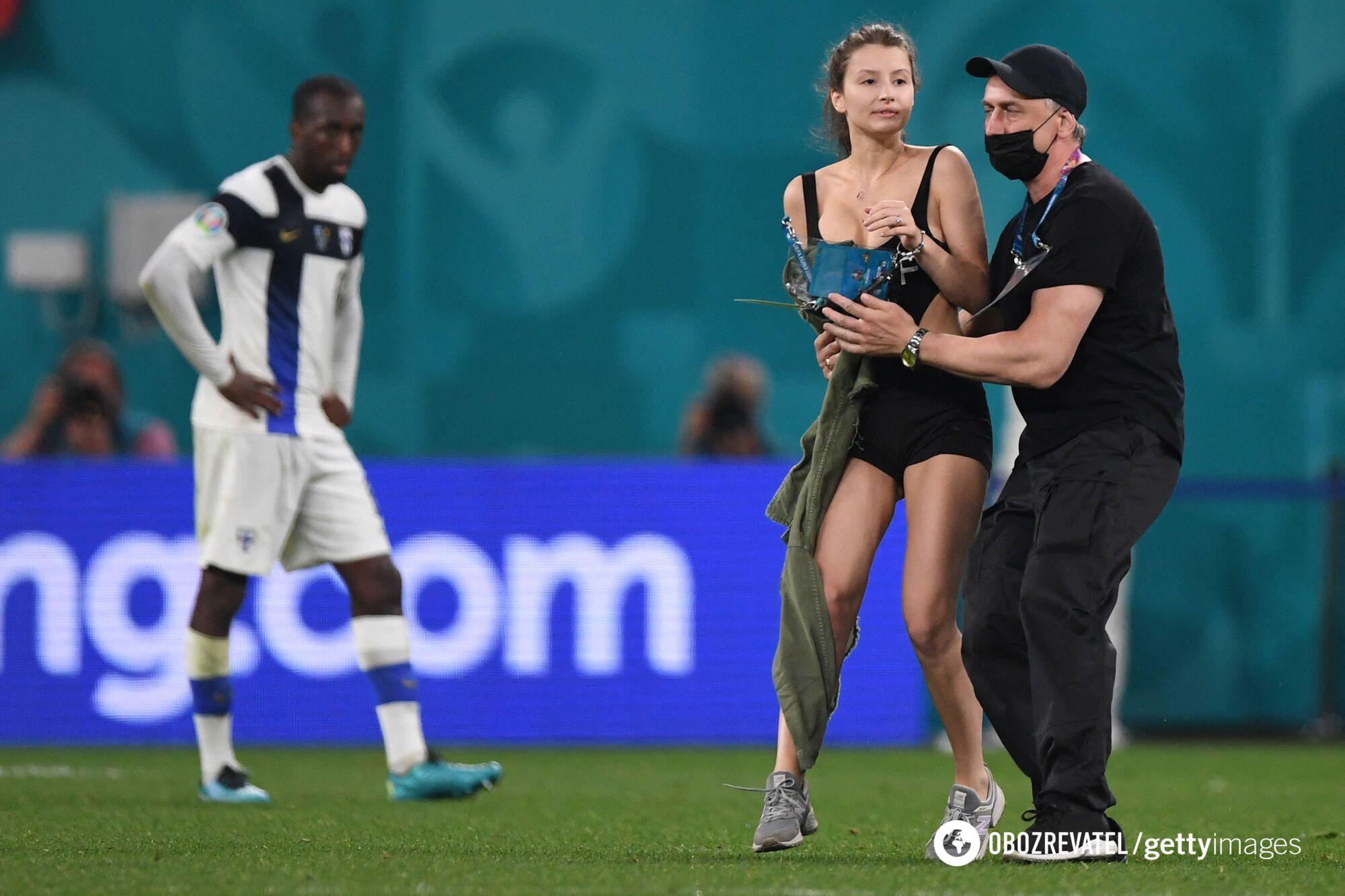 Футболісти з цікавістю спостерігали за тим, що відбувається