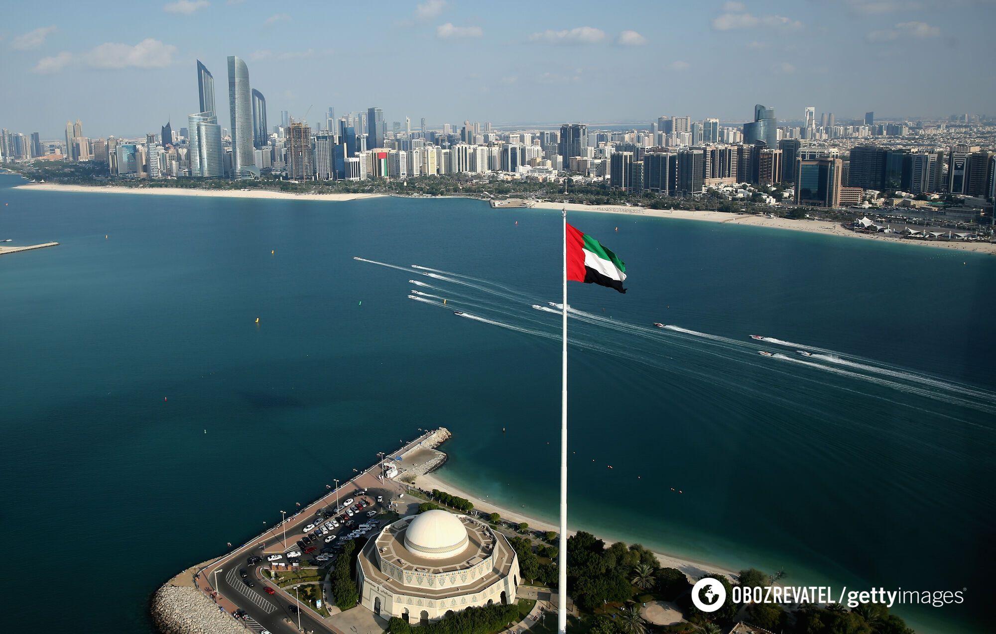 В ОАЕ будуть робити безкоштовні щеплення.