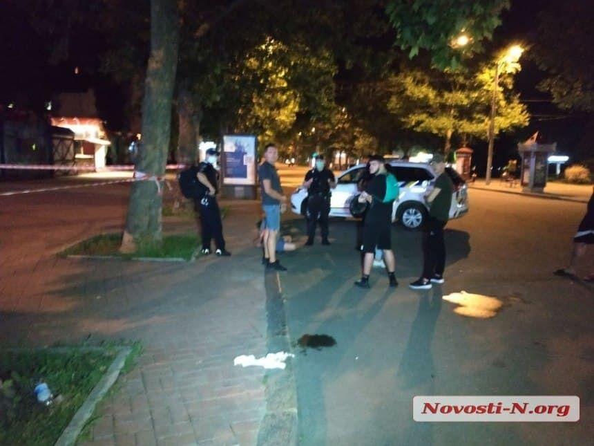 До місця надзвичайної події прибув наряд поліції.