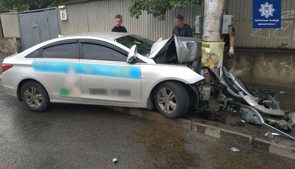 Водій Hyundai Sonata не впорався із керуванням