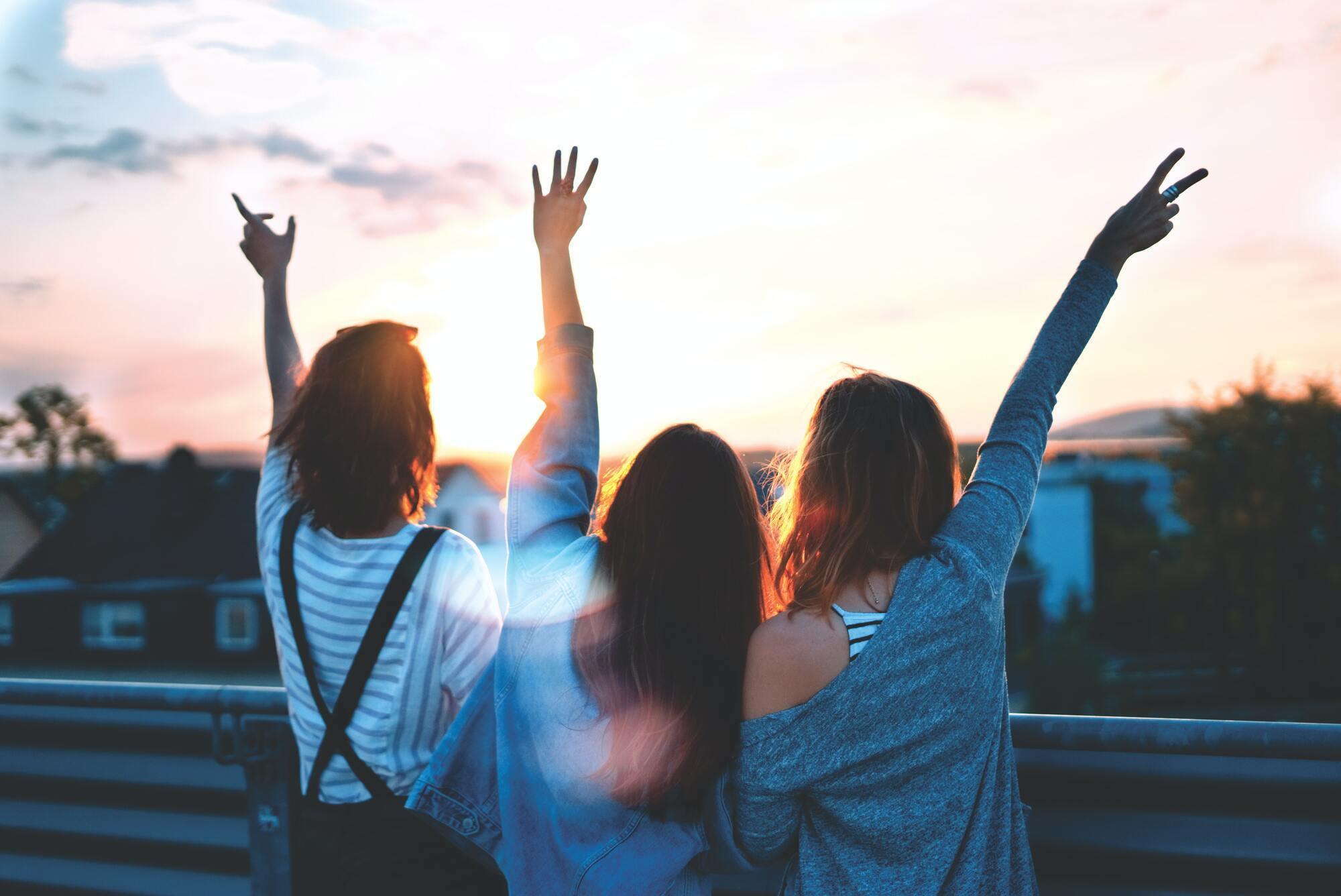 День молодежи в Украине в 2021 году выпадает на 27 июня