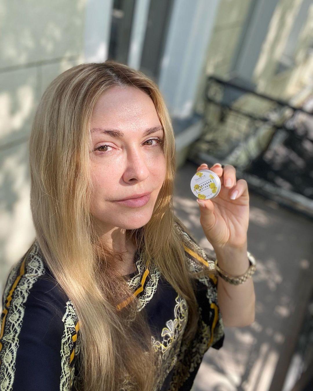 Ольга Сумская позирует без макияжа