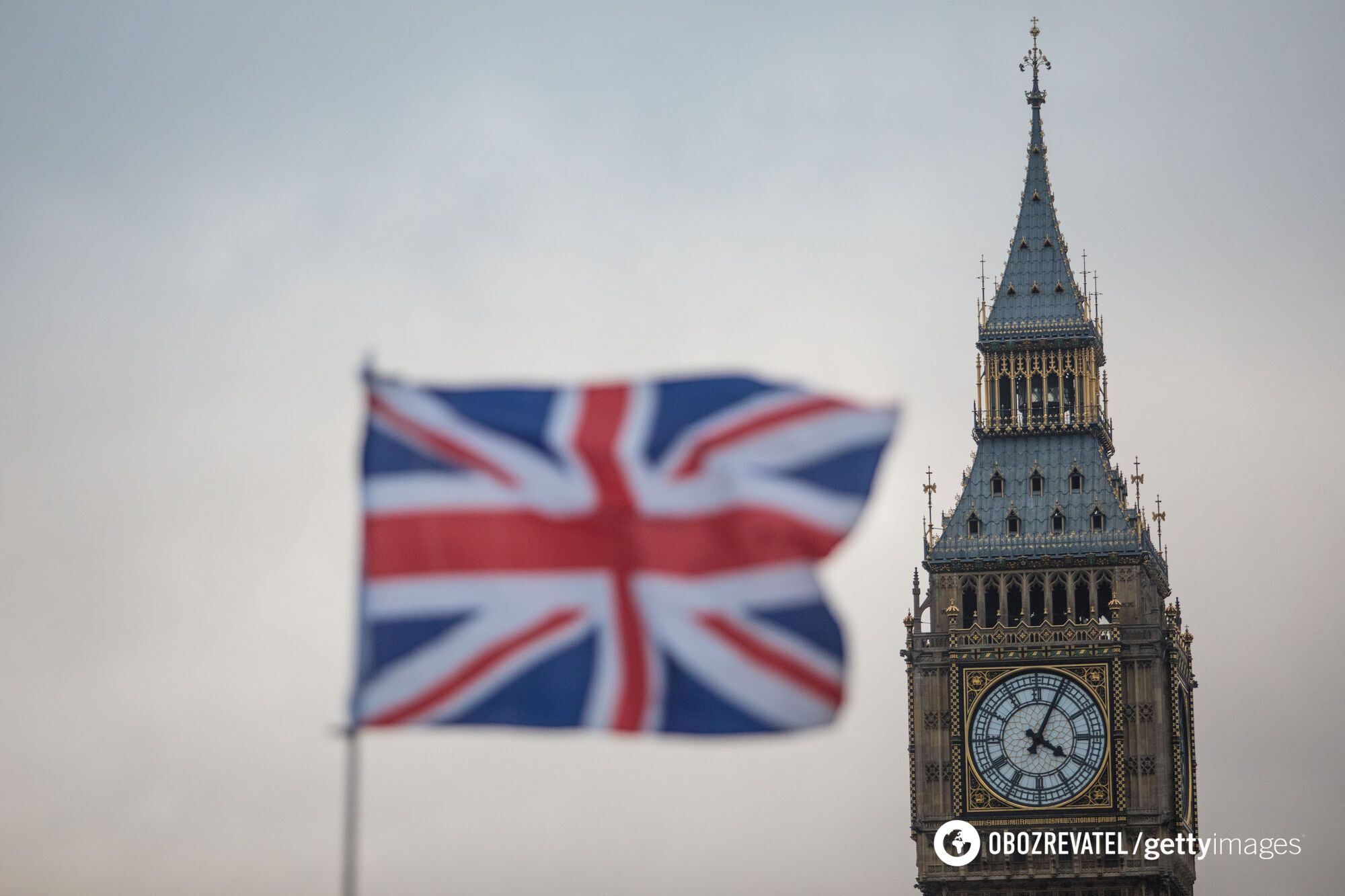 Великобритания разрешит поездки вакцинированным туристам.