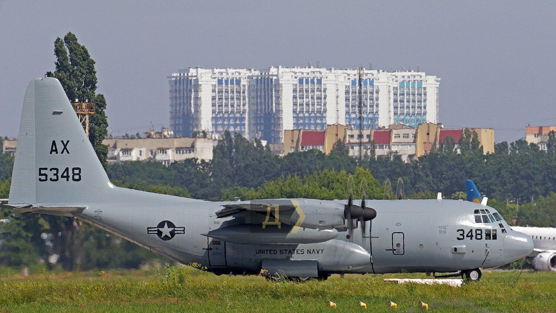Транспортний літак США в Одесі