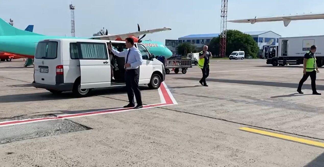 Тищенко знімав відео на аеродромі