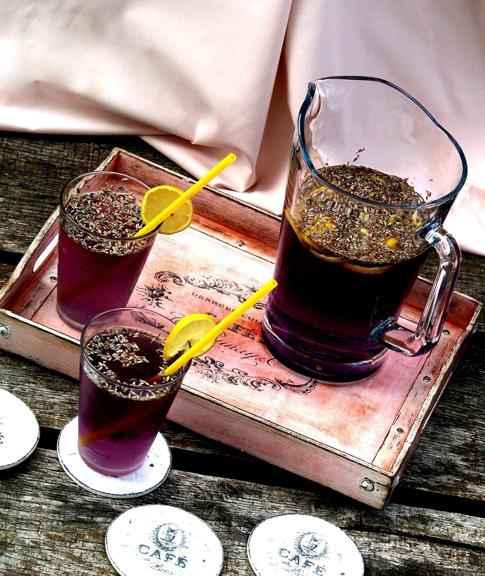 Чай із чорницею, лимоном й імбиром