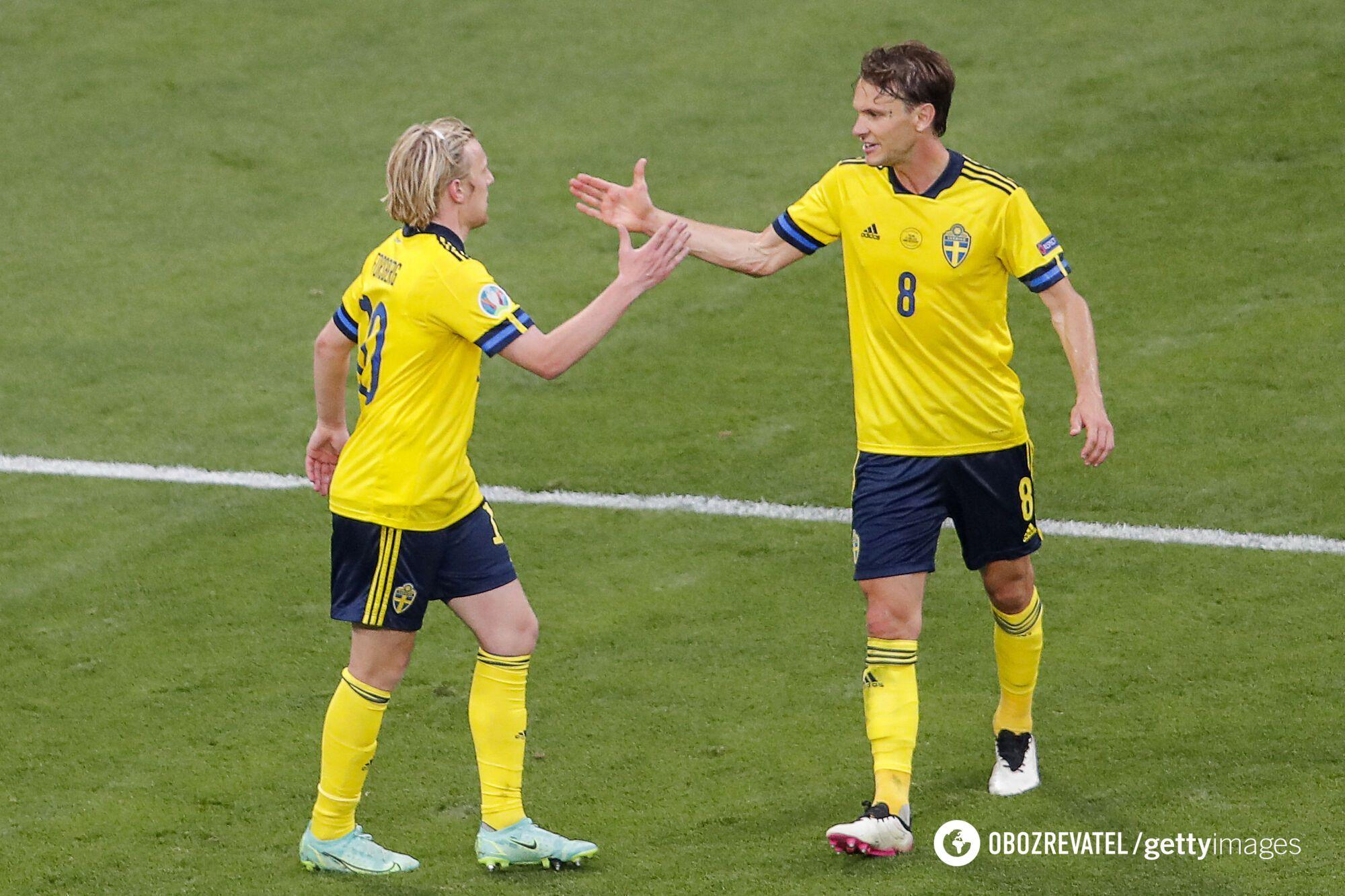 Игроки Швеции Эмиль Форсберг и Албин Экдаль.