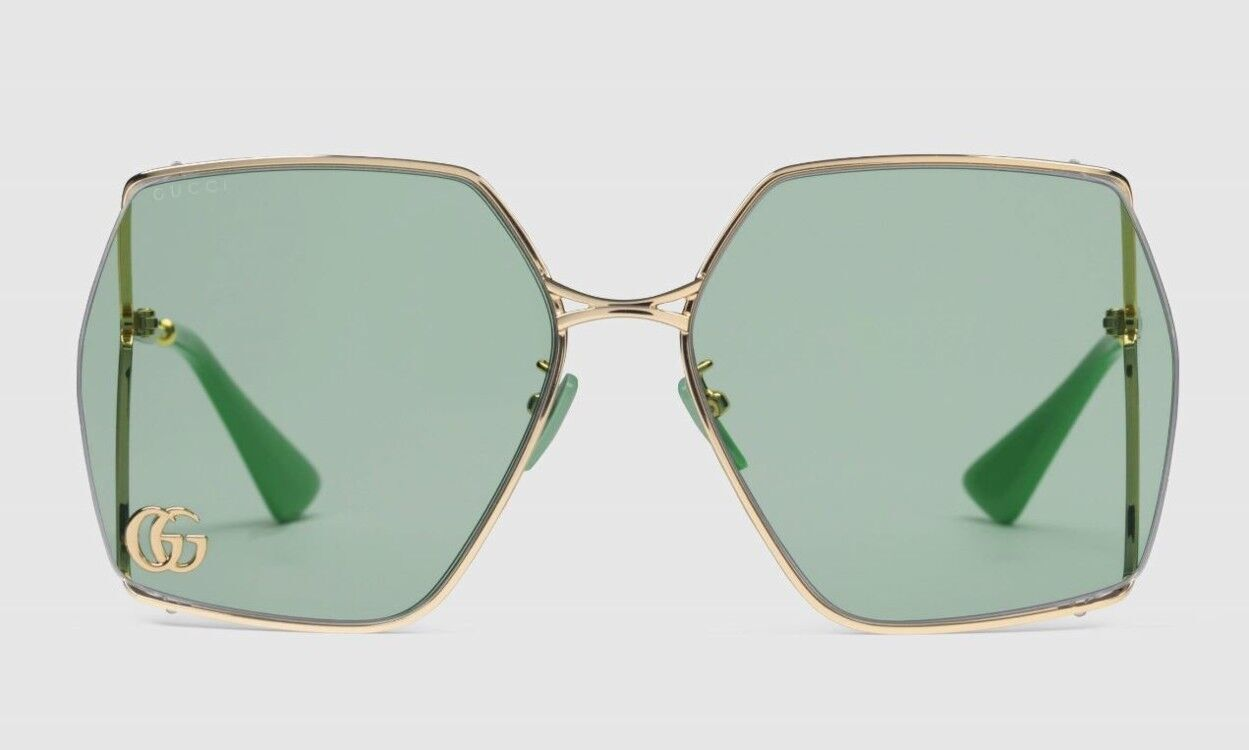 Бренд Gucci представил модные очки.