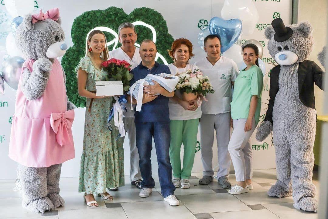 Репяхова зі своєю сім'єю.