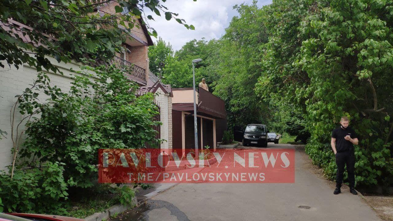 Обшуки проходили й у будинку Медведчука на вулиці Монтажників у Києві