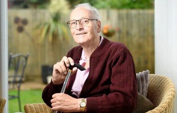 72-летний Дэйв Смит проболел COVID-19 290 дней