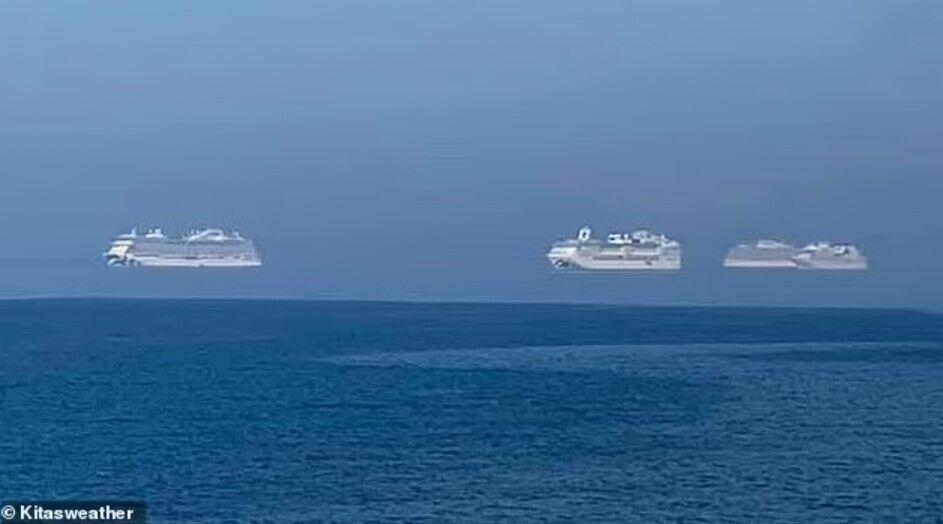 """""""Летючі"""" кораблі на Кіпрі."""