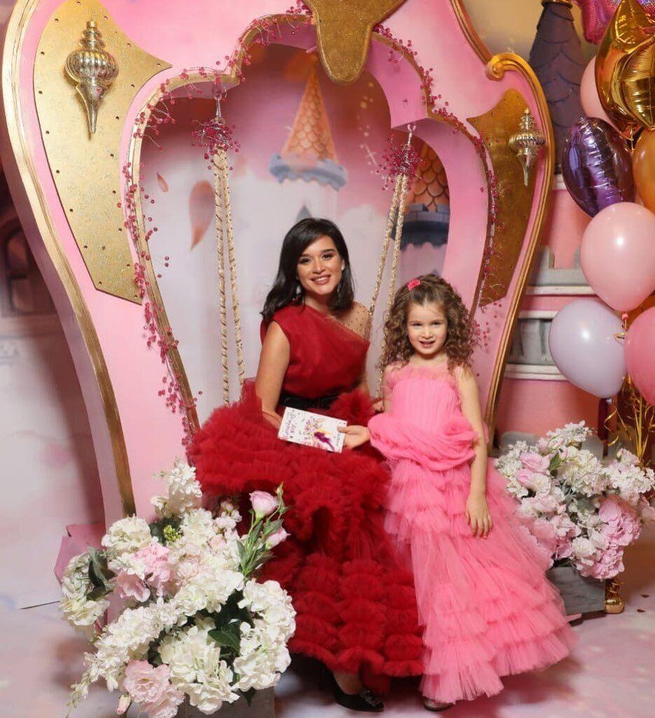 Ксения Бородина с дочерью Теоной