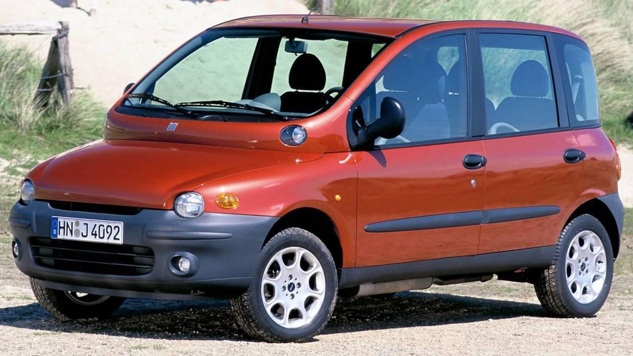 Fiat Multipla з дуже дивною передньою частиною