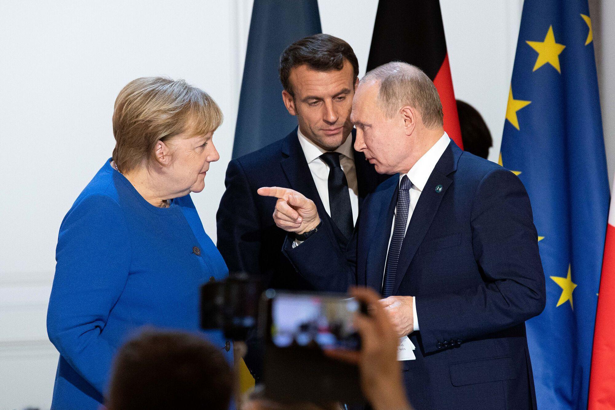 Ангела Меркель, Еммануель Макрон і Володимир Путін