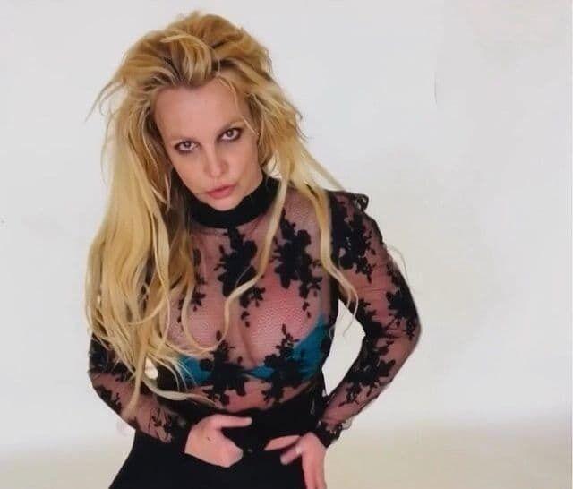 Бритни Спирс – американская поп-певица