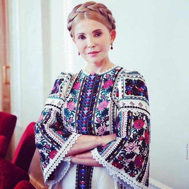 Фирменной прической Тимошенко была коса