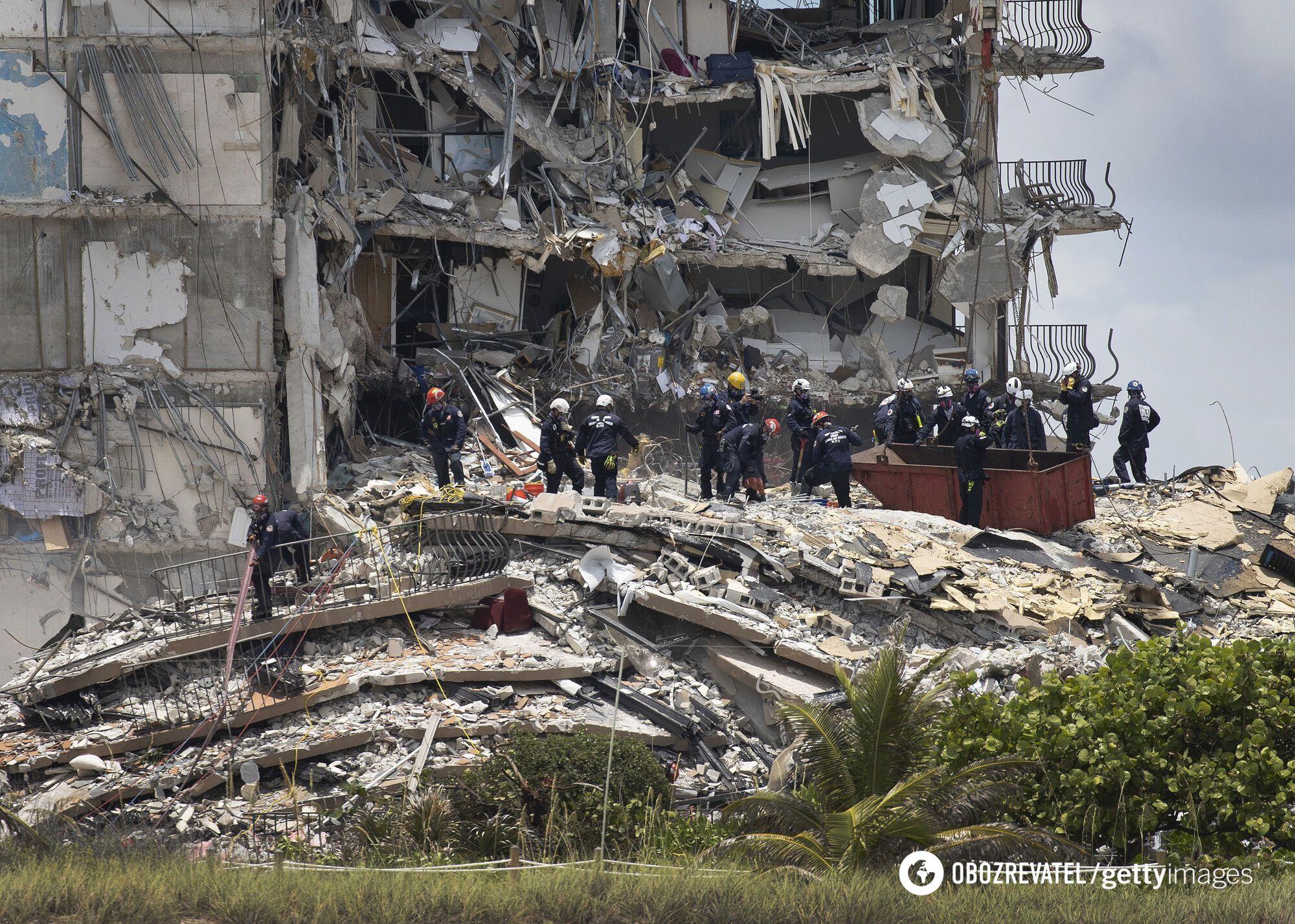 Разрушение дома в США