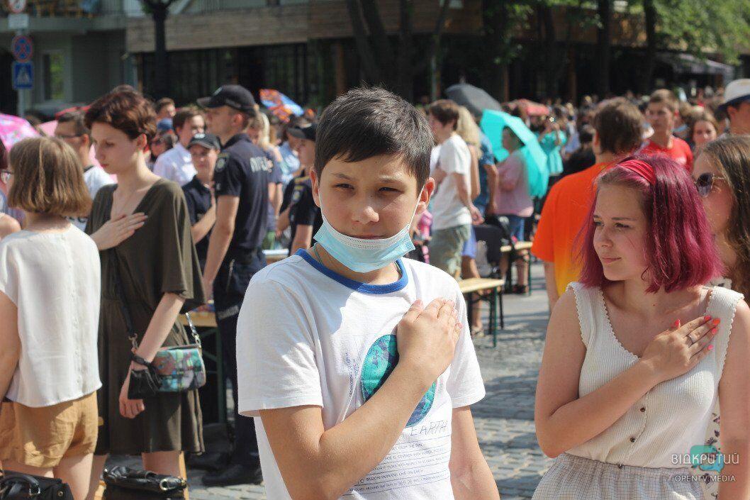 Школьники пришли проверить свои знания украинского языка