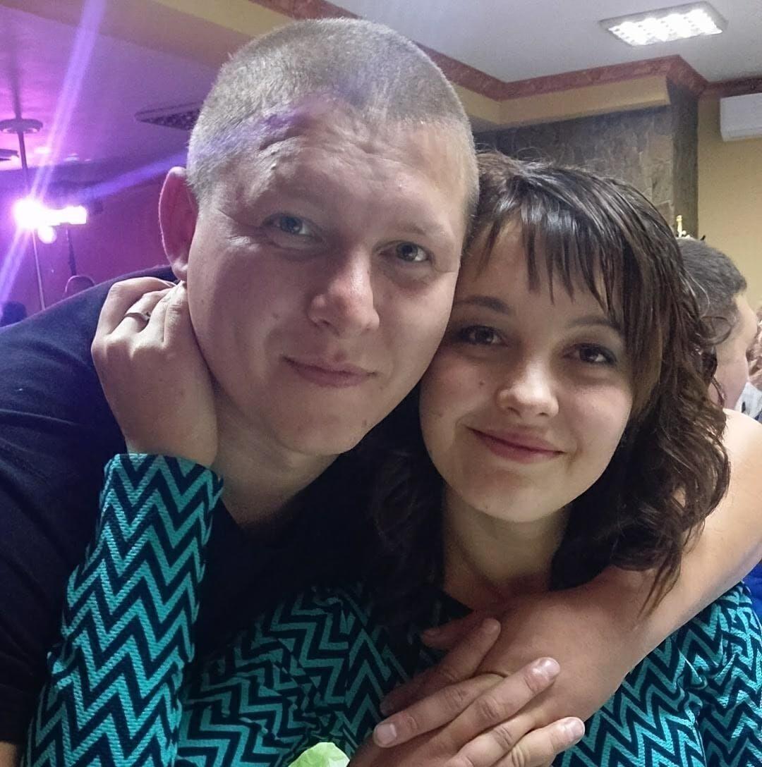 Погибшие Дарья и Сергей