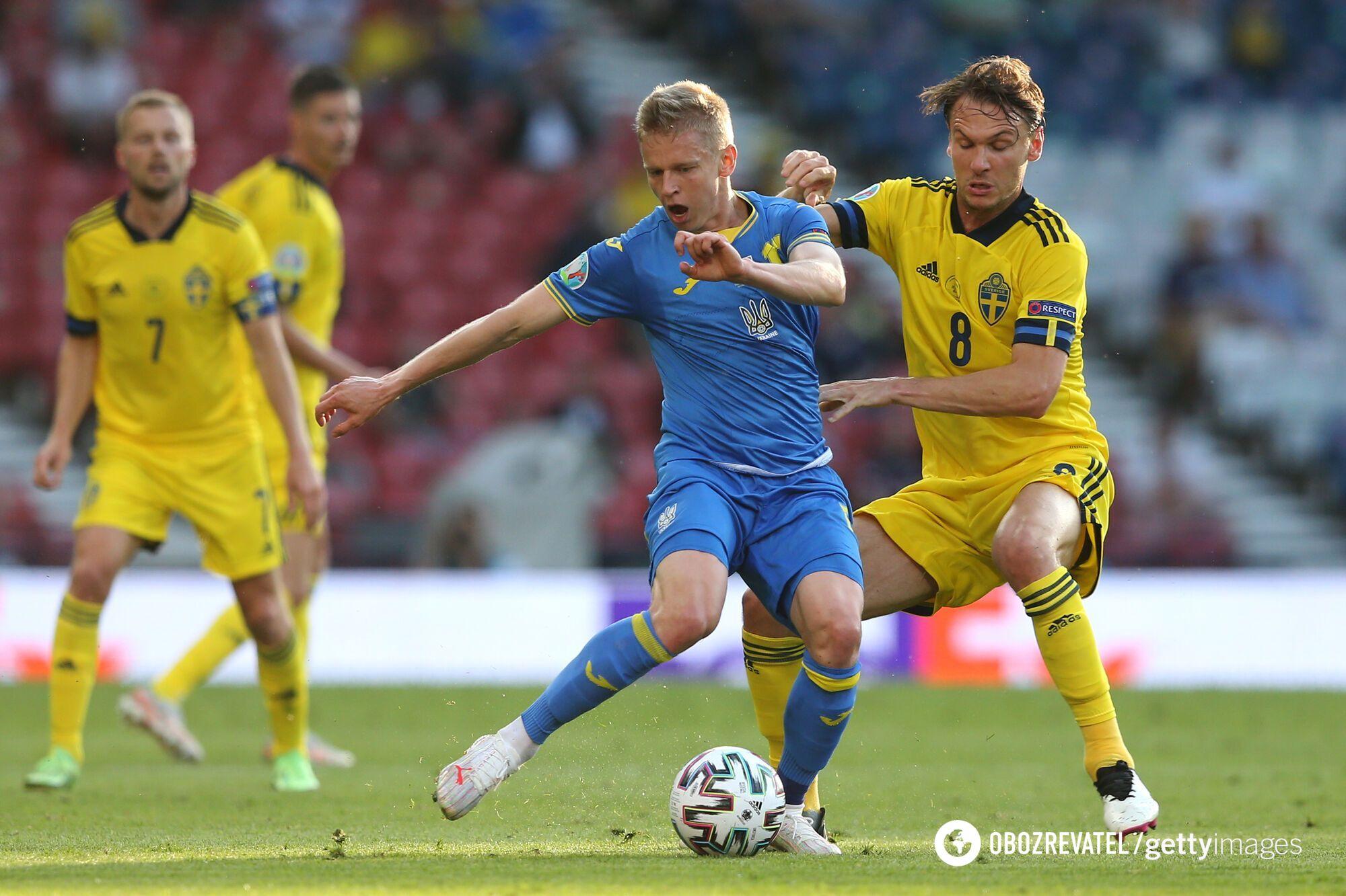 Олександр Зінченко в грі зі Швецією.