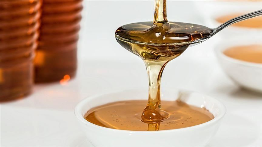 В бюджетных турецких отелях в мед часто добавляют различные усилители вкуса