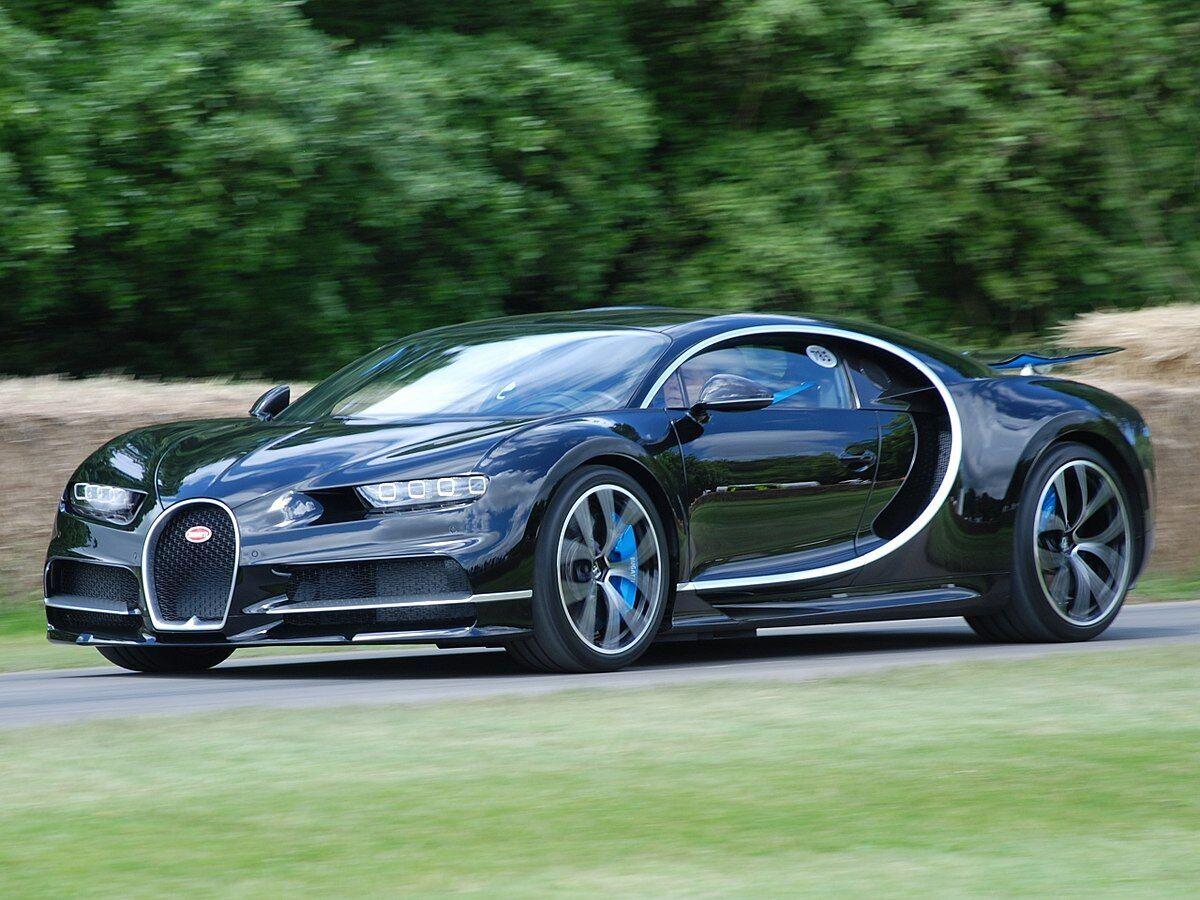 Bugatti Chiron имеет 1500 л.с. и разгоняется до 490 км/ч