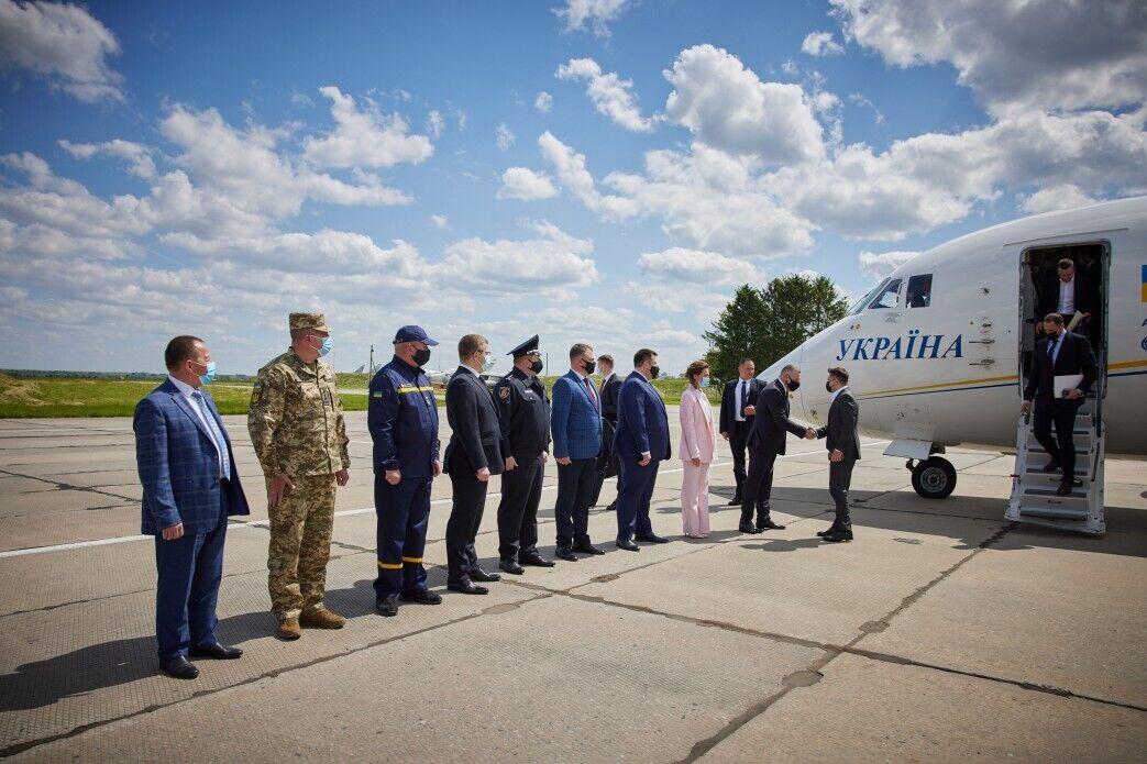 Зеленський прилетів до Хмельницького