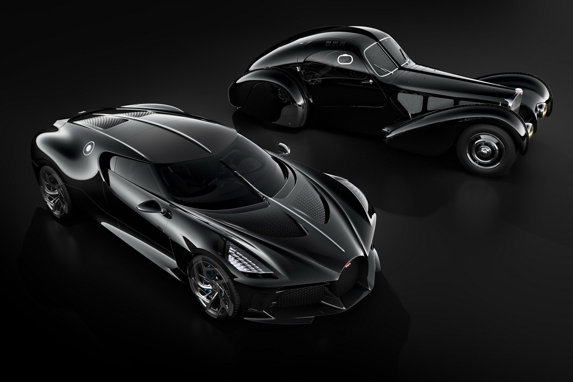 La Voiture Noire является современной интерпретацией машины Жана Бугатти Bugatti Type 57 SC Atlantic