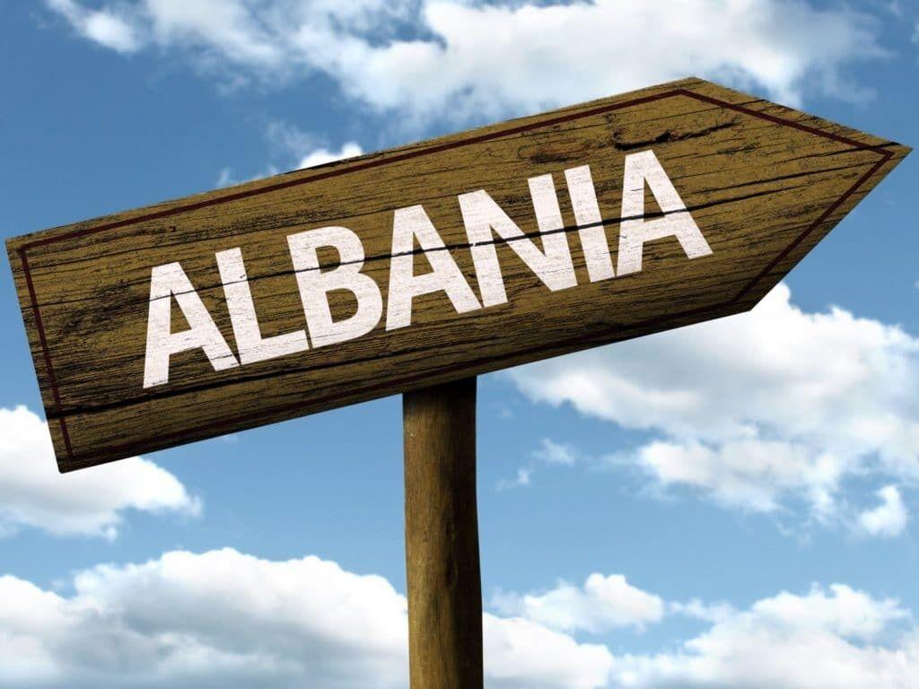 Албанія – одна з небагатьох країн, яка приймає туристів без ПЛР-тестів